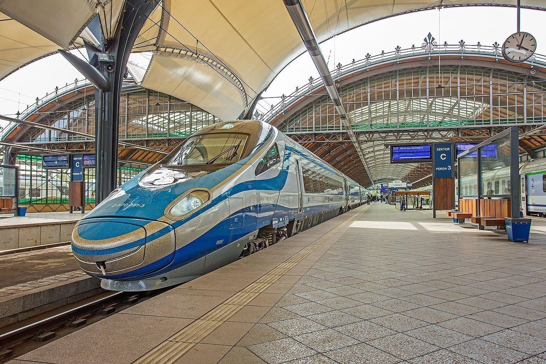 ED250 na stacji Wrocław Główny