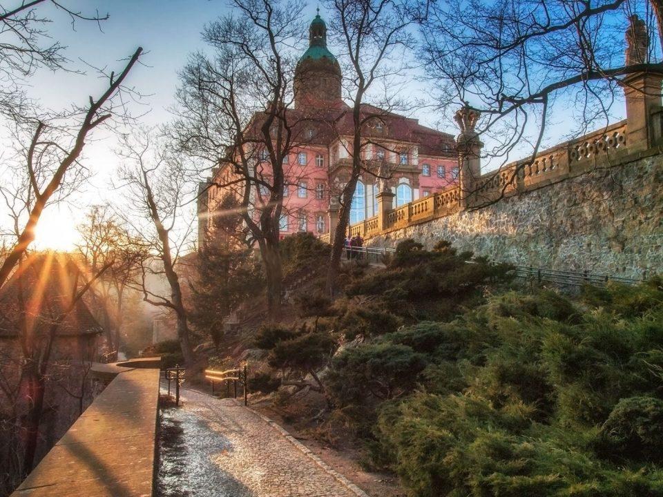 Zamek Książ widok z ogrodów.
