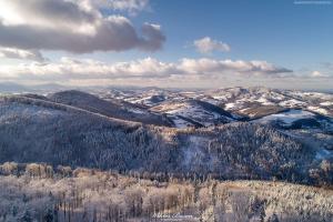Widok z okolic szczytu Korab w stronę zachodnią.