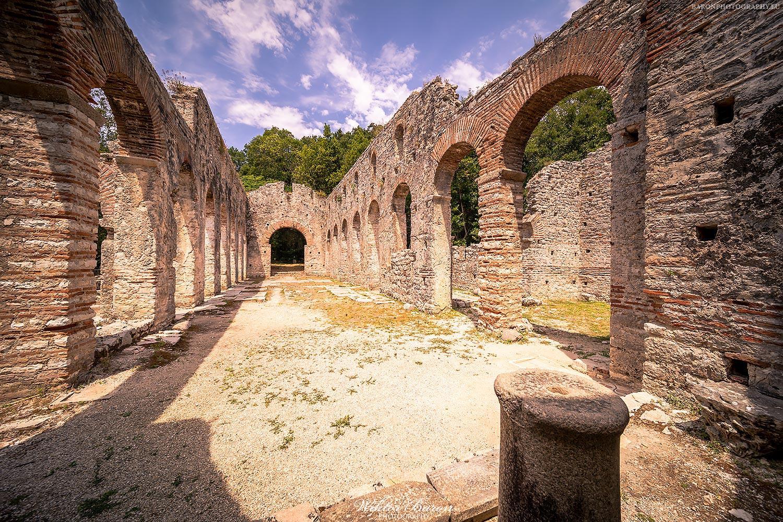 Pozostałości bazyliki chrześcijańskiej z VI wieku w Buthrotum