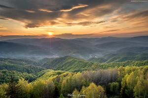 Wiosenny zachód słońca na Koziarzu