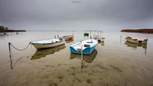 Łódki nad Jeziorem Śniardwy