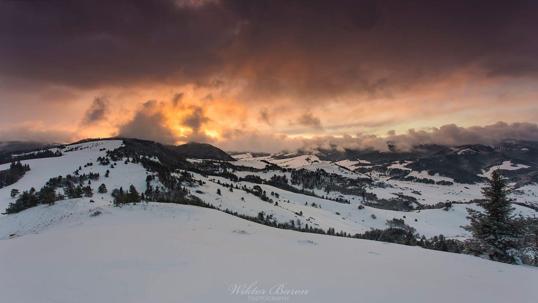 Zimowy poranek na szczycie Wysokiego Wierchu