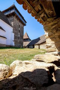 Mury kościoła warownego w Viscri